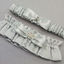 7141 Platinum By Design Bridal Garter Set