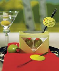 8952 Matrimonial Martini Mini Olive Candles