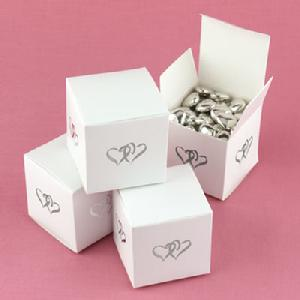 Linked at the Heart Favour Boxes