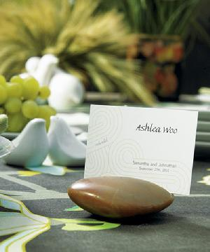 8717 Natural Rock Place Card Holder